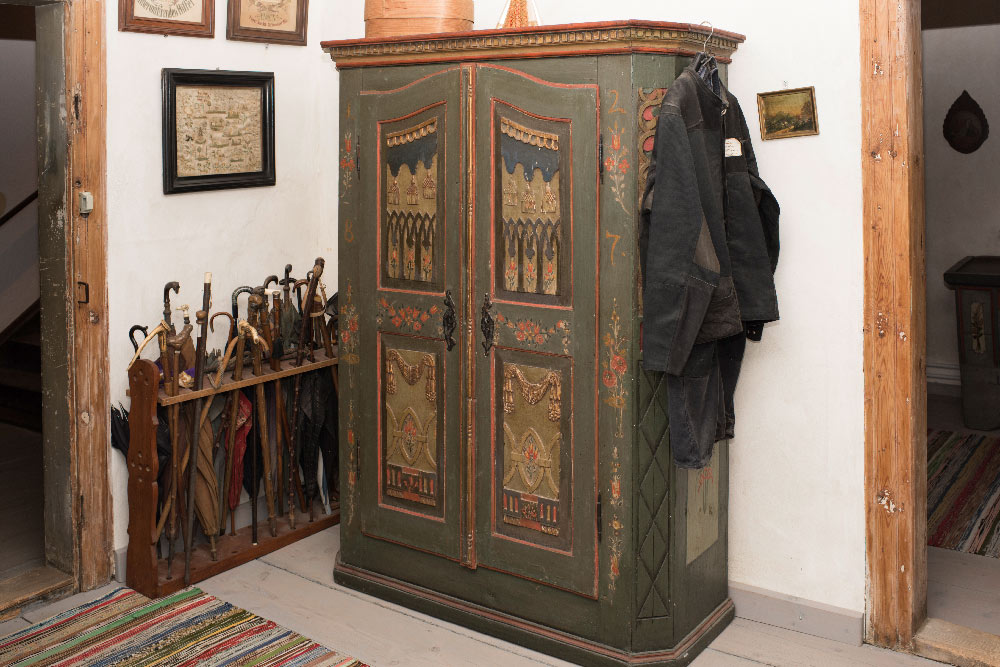 T20_heimatmuseum-schrank